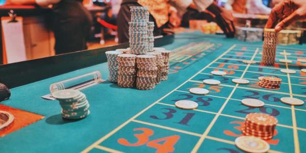 3 Variasi Poker Teratas untuk Dimainkan Online