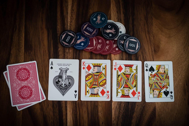 Seri Poker Online ChampionChip dari 888poker